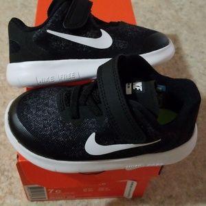 Toddler 7C Nike free rn